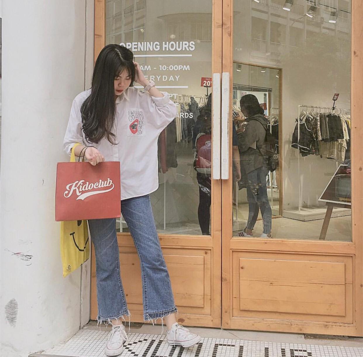 Ngoài quán cà phê, giới trẻ Việt Nam giờ còn ùn ùn đến các shop quần áo để chụp ảnh - Ảnh 13.