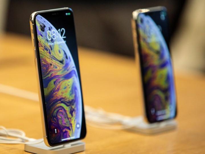 9 lý do iPhone Xs là lựa chọn tốt hơn bé bự Xs Max - Ảnh 2.