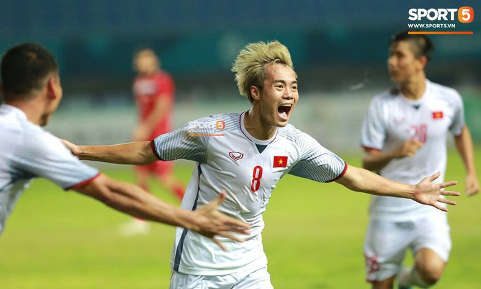 Ông cụ tóc bạc Nguyễn Văn Toàn hé lộ mục tiêu cuối cùng trong năm 2018 - Ảnh 2.