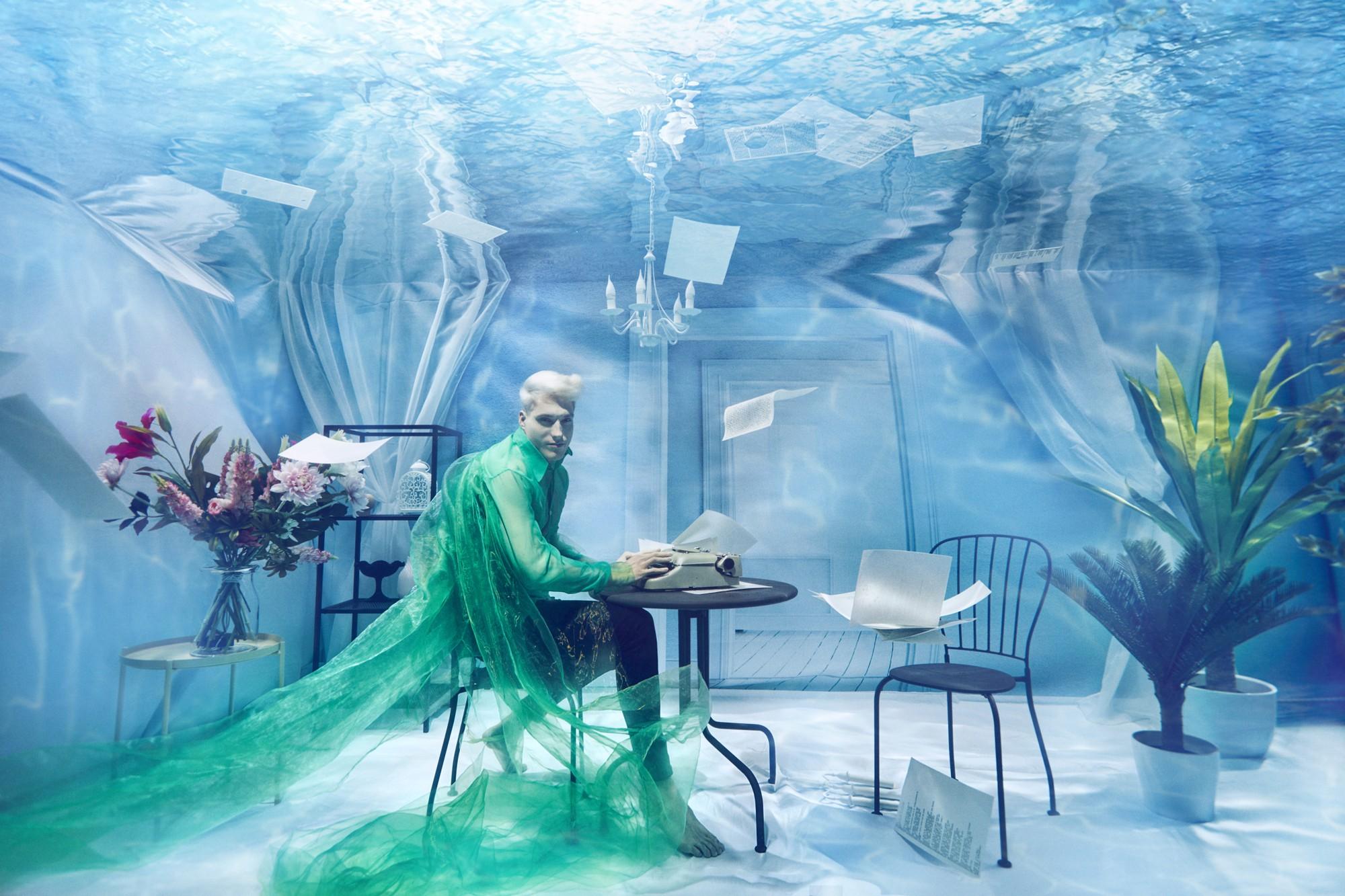 Chụp ảnh dưới nước, thí sinh Next Top Ba Lan không tránh khỏi biểu cảm trợn mắt như... chết trôi - Ảnh 8.