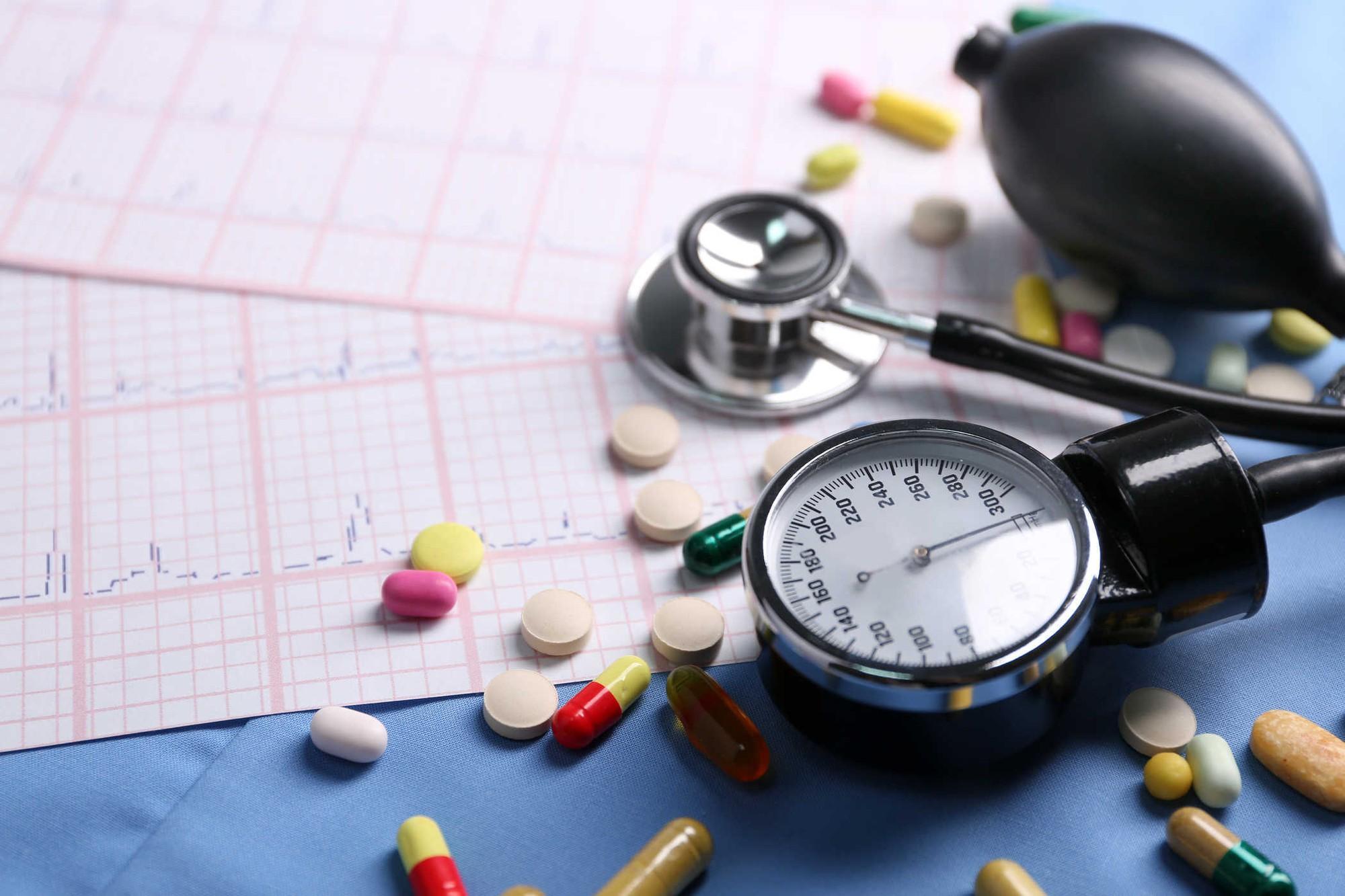 Gan của bạn có thể đang chất chứa đầy mỡ nếu gặp phải các triệu chứng sau - Ảnh 2.