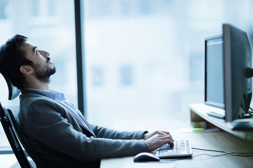 Chỉ ngồi trước máy tính bạn cũng thấy mệt mỏi - có làm gì đâu mà mệt nhỉ? - Ảnh 1.