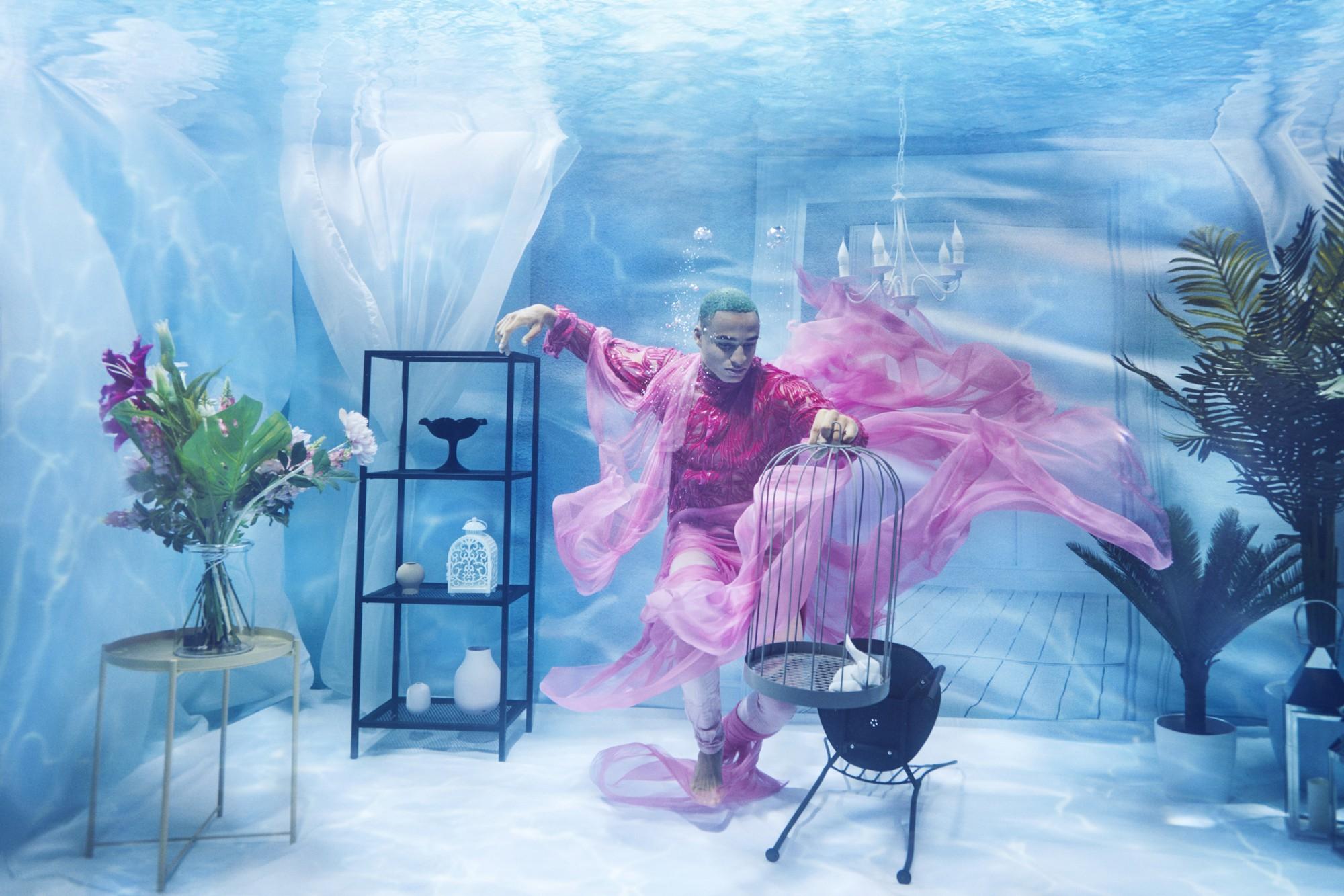 Chụp ảnh dưới nước, thí sinh Next Top Ba Lan không tránh khỏi biểu cảm trợn mắt như... chết trôi - Ảnh 9.