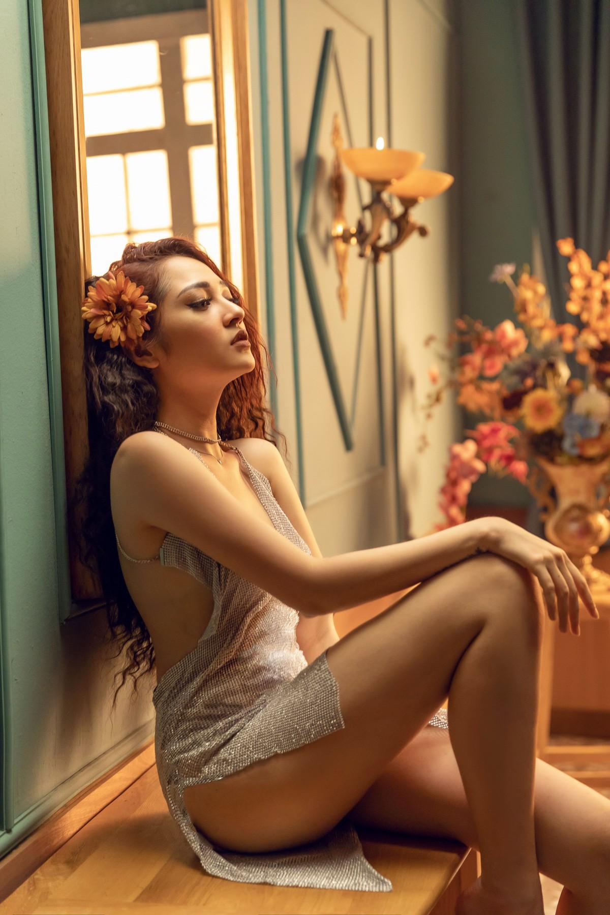 Bảo Anh hoá thân vũ công gợi cảm trong teaser MV, gây bàn tán với ca khúc có cái tên lạ - Ảnh 2.