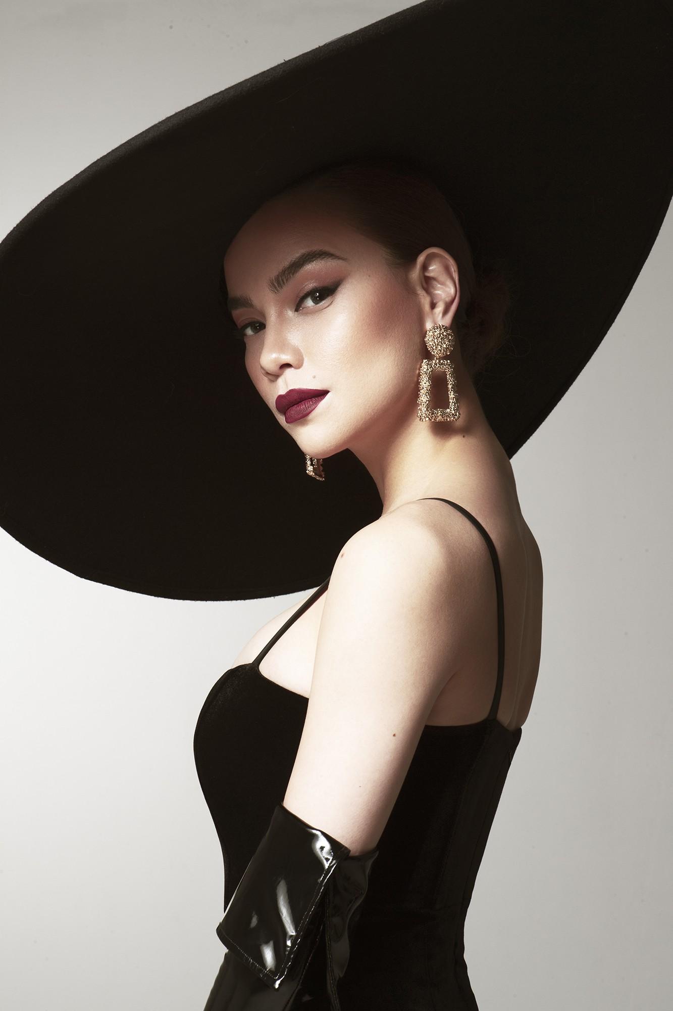 Hồ Ngọc Hà tung bộ hình sexy, hé lộ vai trò tại Asias Next Top Model - Ảnh 3.