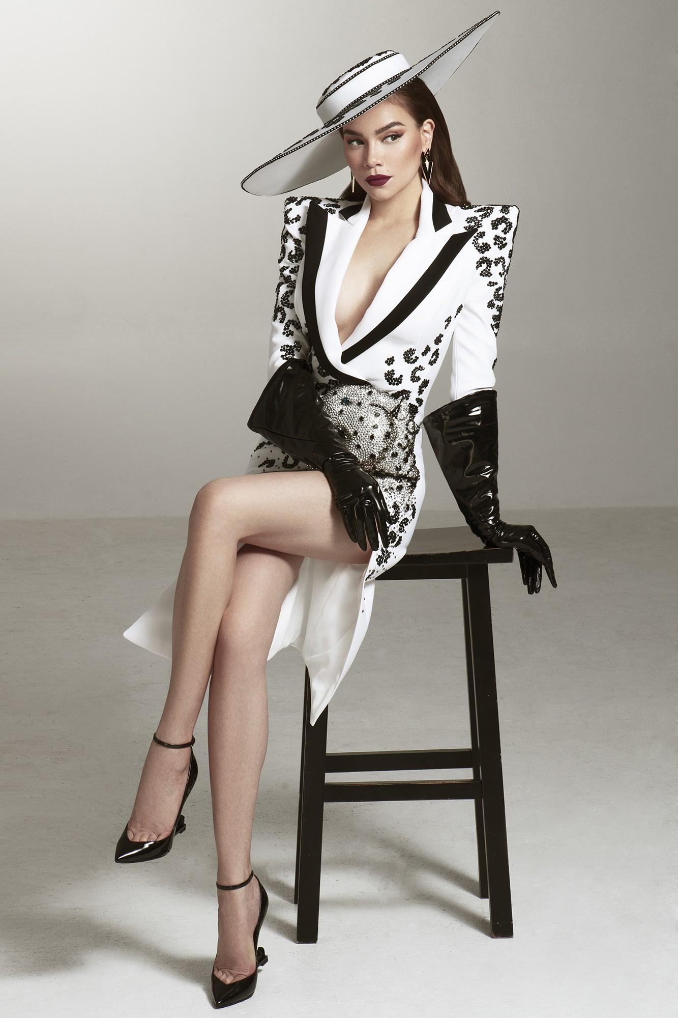 Hồ Ngọc Hà tung bộ hình sexy, hé lộ vai trò tại Asias Next Top Model - Ảnh 4.