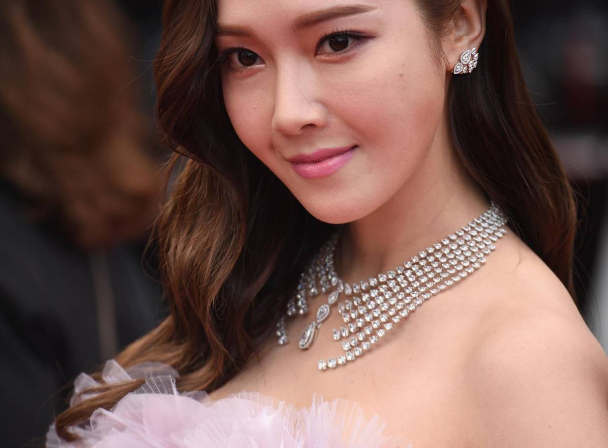 Những lần bóc mẽ nhan sắc gây sốc của các nam thần, nữ thần xứ Hàn: Vấn đề chủ yếu ở làn da và phần cằm - Ảnh 23.