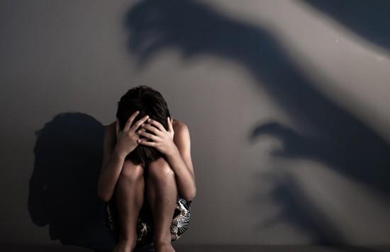 Vụ dâm ô tập thể nữ sinh lớp 9 ở Thái Bình: Bố nuôi xin bồi thường nhưng gia đình từ chối - Ảnh 2.