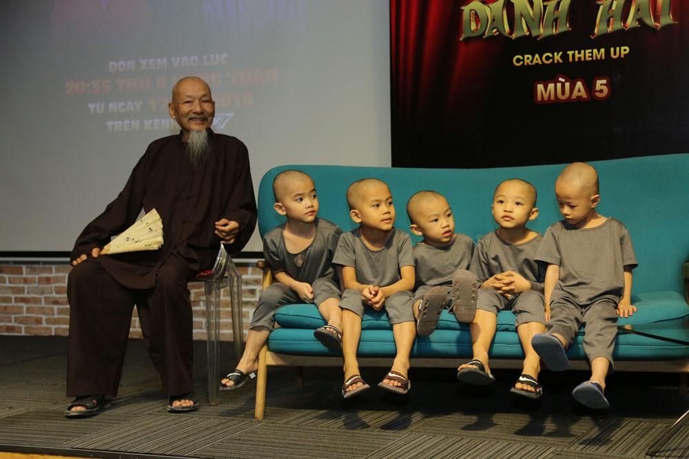 Trường Giang, Ngô Kiến Huy né những câu hỏi về tình cảm trong họp báo Thách thức danh hài - Ảnh 6.