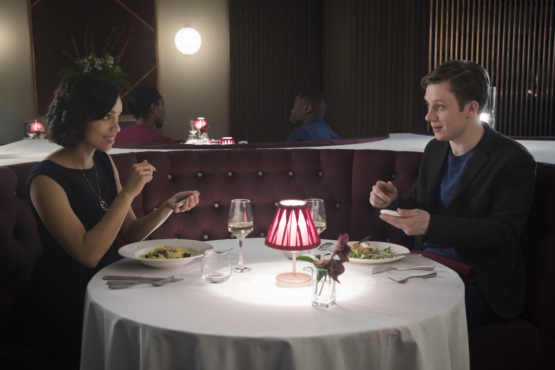 Black Mirror mùa 4 - Sự thụt lùi so với người tiền nhiệm - Ảnh 7.