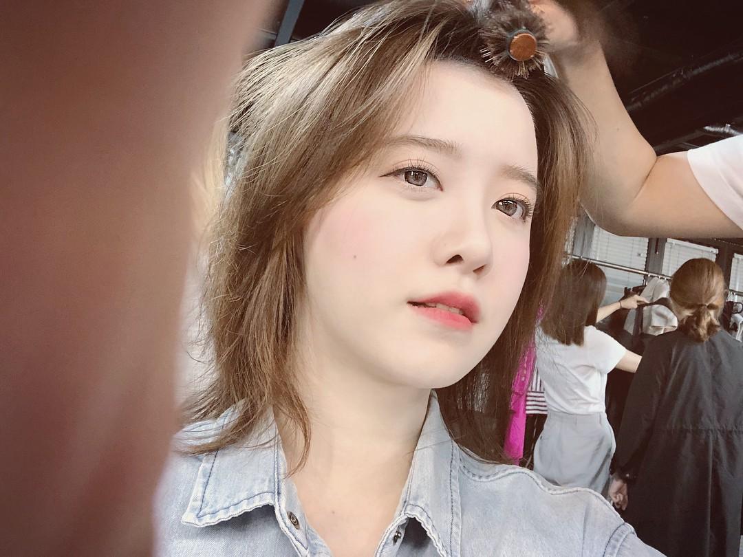 Đã 33 tuổi mà nhìn vẫn như đôi mươi, bí kíp của Goo Hye Sun chính là combo 3 bước makeup này - Ảnh 5.