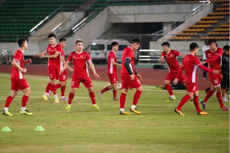 Vietnam watching Thailand on AFF Cup 2018 - Photo 4.