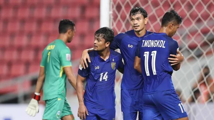 Vietnam watching Thailand on AFF Cup 2018 - Photo 6.
