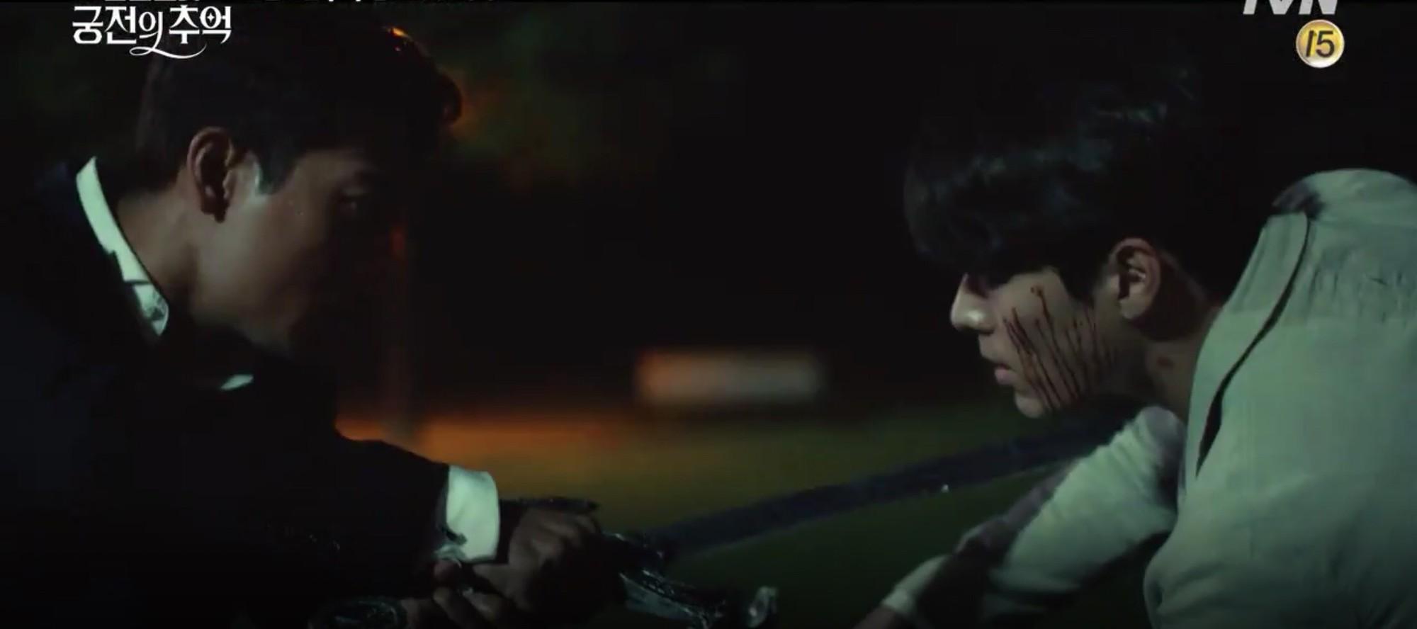 Park Shin Hye trùm khăn đỏ huyền bí trong teaser Memories of the Alhambra vừa tung nóng hổi - Ảnh 15.