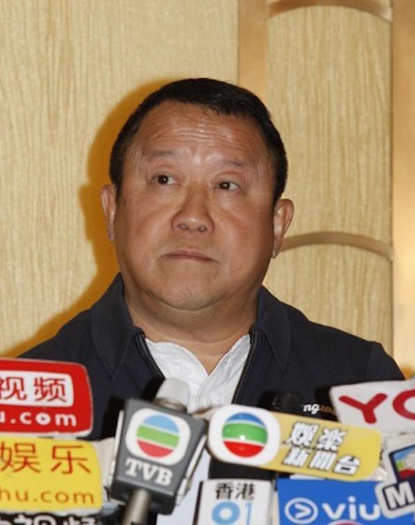 Tăng Chí Vỹ: Ông trùm điện ảnh Hong Kong hay tên yêu râu xanh được chống lưng bằng quyền lực xã hội đen? - Ảnh 6.
