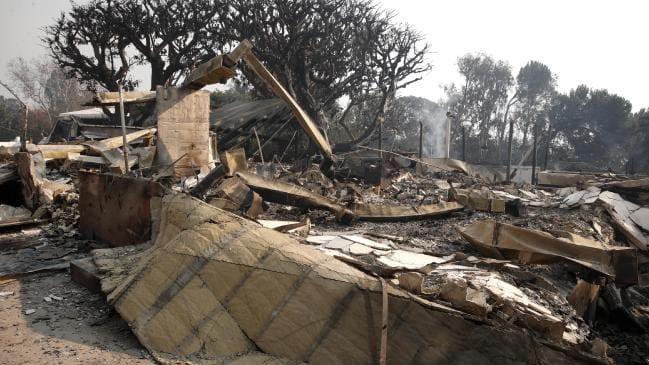 Vụ cháy ở California khiến nhiều sao Hollywood sốc nặng- Ảnh 6.