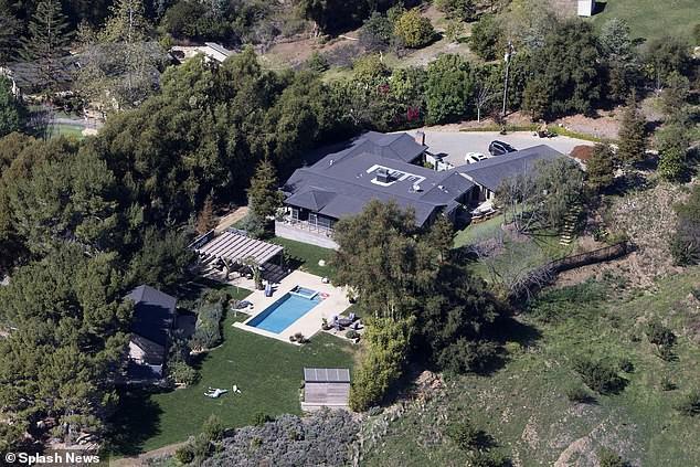 Miley Cyrus cũng mất nhà trong vụ cháy rừng ở California - Ảnh 5.