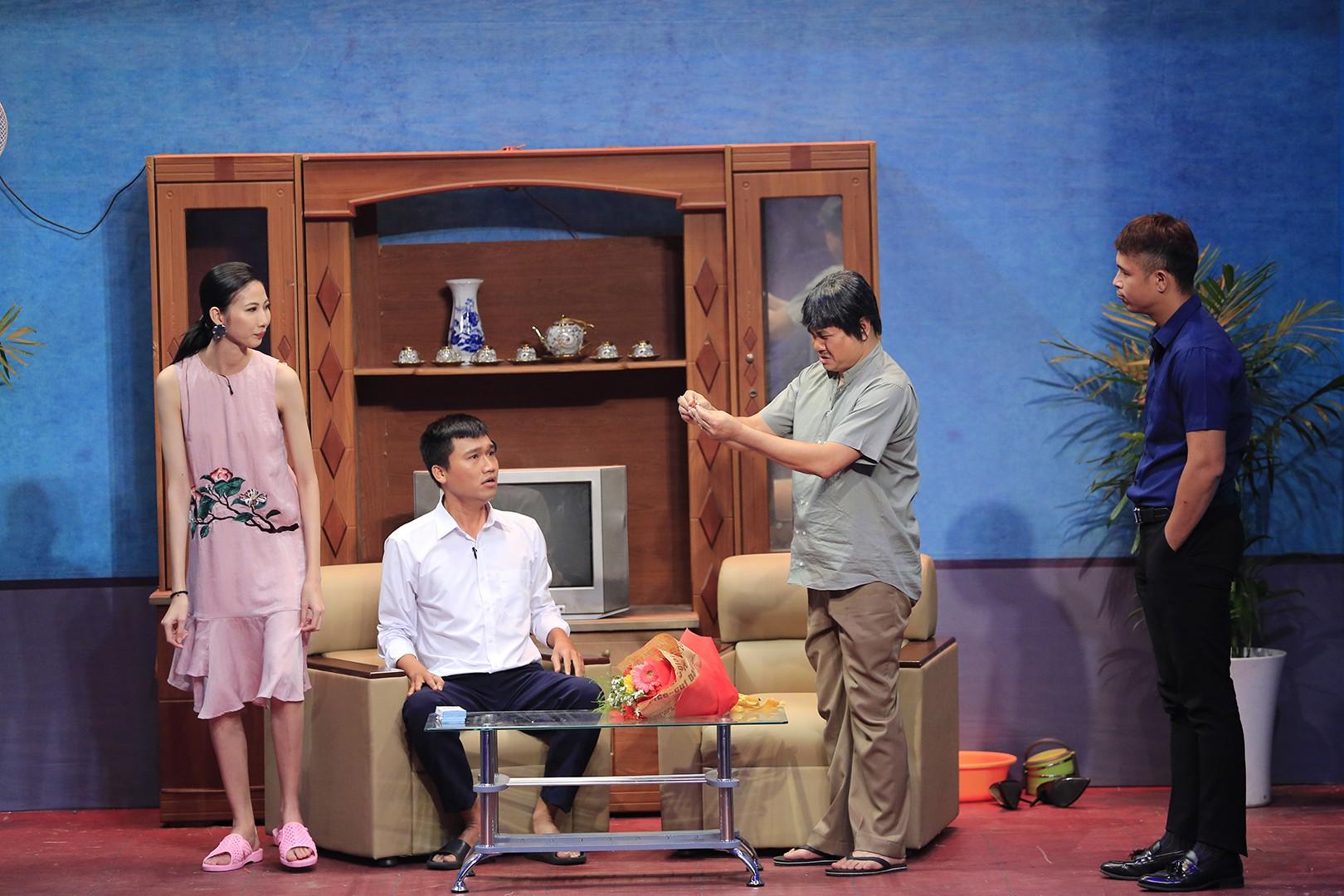 Ơn giời: Giám khảo Hoài Linh phải xông vào phòng Trường Giang để trị Lê Dương Bảo Lâm - Ảnh 3.