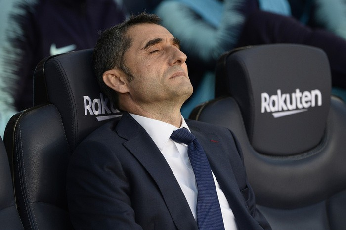 Messi trở lại sau chấn thương gãy tay và ghi 2 bàn, Barca vẫn thua tủi nhục ngay trên sân nhà - Ảnh 4.