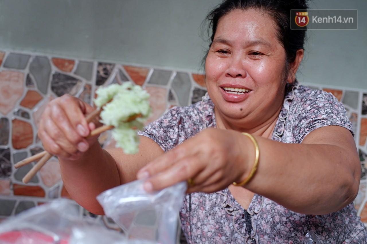 Tiệm ăn hàng 30 năm của dì Gái chịu chơi nhất Sài Gòn, mối ngày bán trong 1 giờ là hết veo - Ảnh 10.