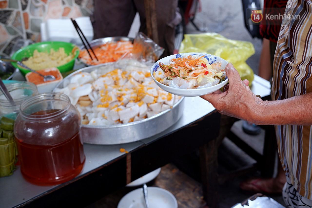 Tiệm ăn hàng 30 năm của dì Gái chịu chơi nhất Sài Gòn, mối ngày bán trong 1 giờ là hết veo - Ảnh 6.