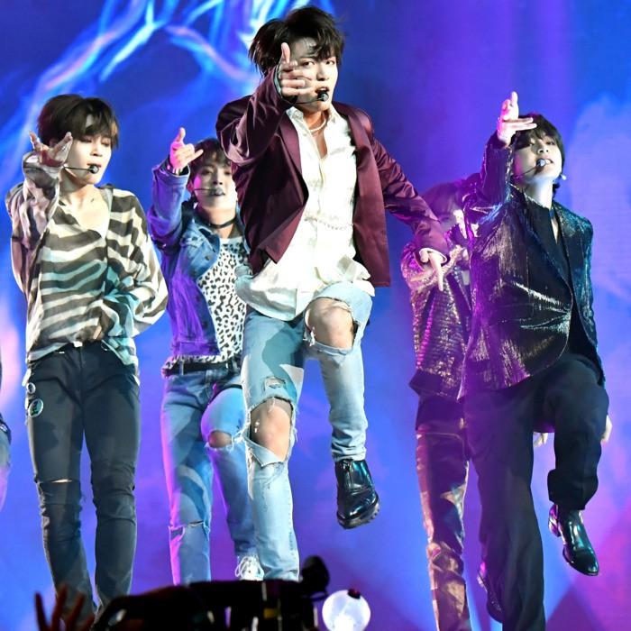 Phỏng vấn độc quyền ca sĩ Hàn - Eric Nam: Chia sẻ về thành công toàn cầu của BTS và ấn tượng với âm nhạc của một ca sĩ Việt Nam là... - Ảnh 5.