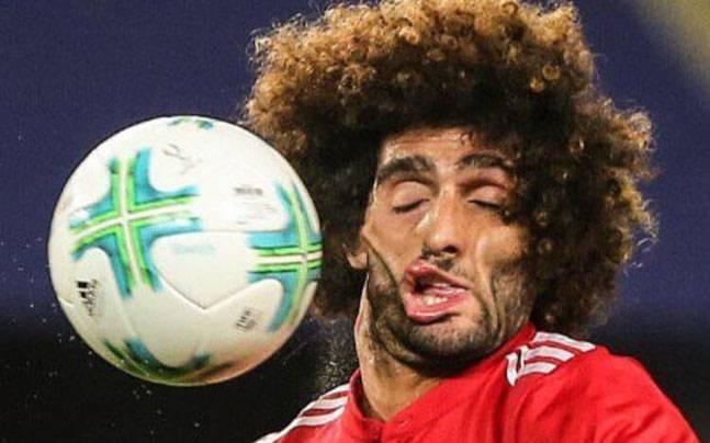 Mái tóc xù nổi tiếng và giàu tính troll nhất làng bóng đá chính thức biến mất - Ảnh 5.