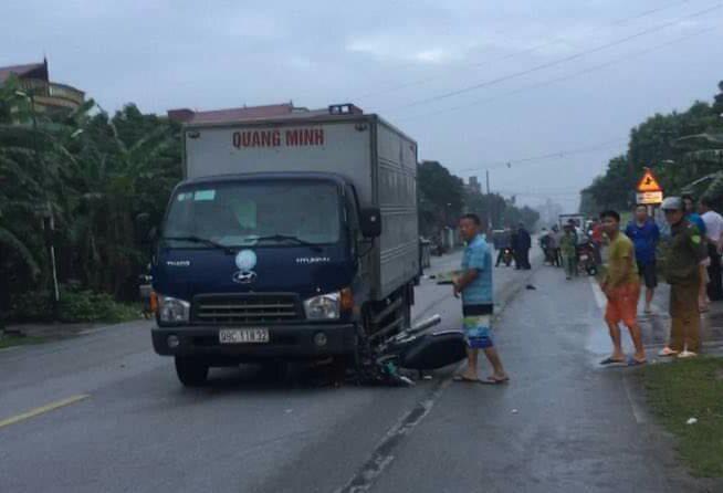 Nam sinh trường y chết thảm sau va chạm với xe tải - Ảnh 1.