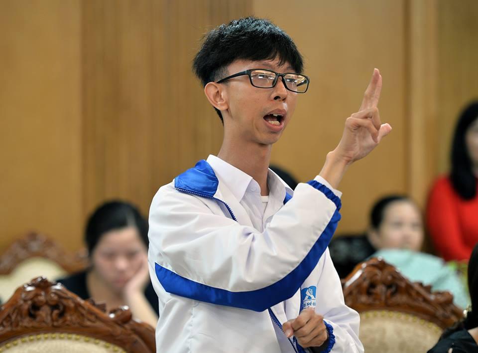 48 giáo viên tiêu biểu dạy học sinh khuyết tật nhận bằng khen của Bộ giáo dục và Đào tạo