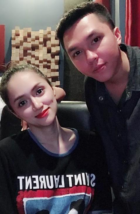 Xem ngay clip tả thực cho hit mới của Hương Giang: Đã hát