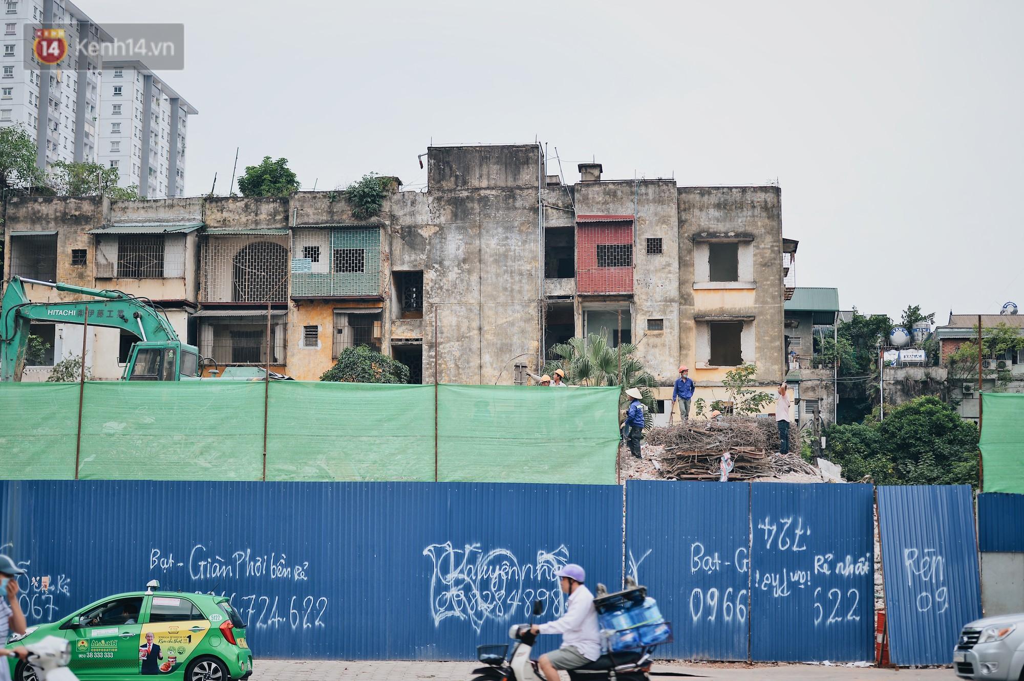 Phá dỡ khu tập thể đất vàng hơn 10 năm ngủ quên giữa trung tâm Hà Nội - Ảnh 1.