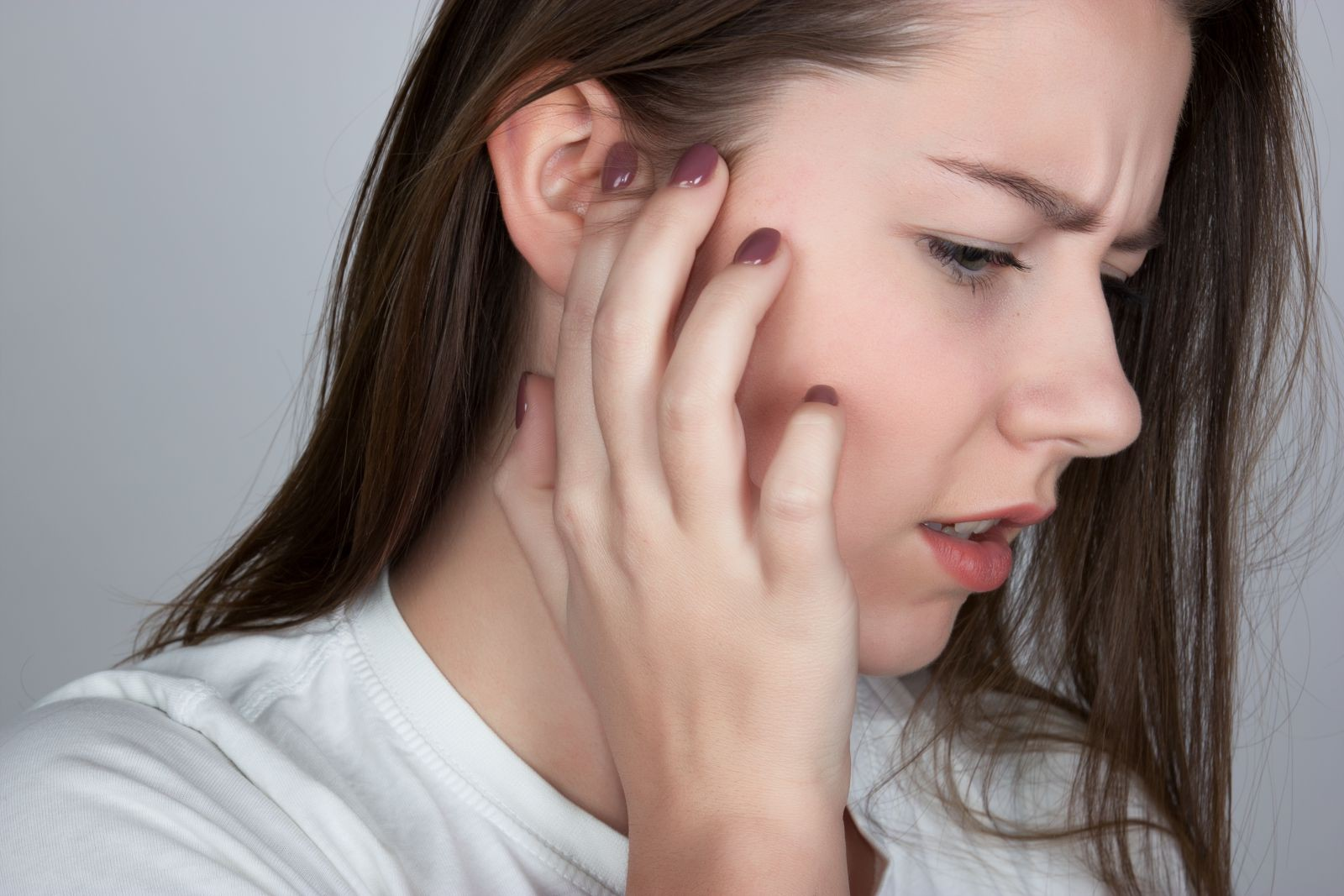 Những nguyên nhân gây chóng mặt phổ biến mà nhiều người lại không hề hay biết - Ảnh 3.