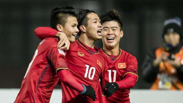 Báo Hàn Quốc: Công Phượng từ chối sang châu Âu thi đấu vì Incheon - Ảnh 1.