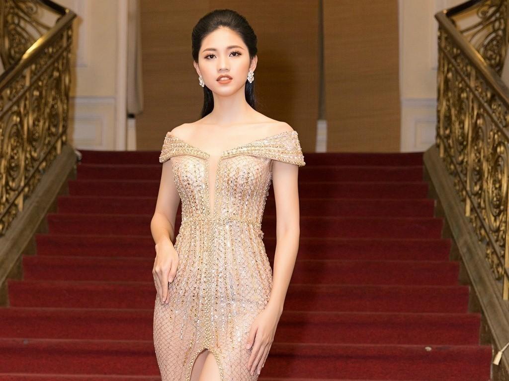 Á hậu Thanh Tú xác nhận tổ chức đám cưới với bạn trai U40 vào tháng 12 tới - Ảnh 1.