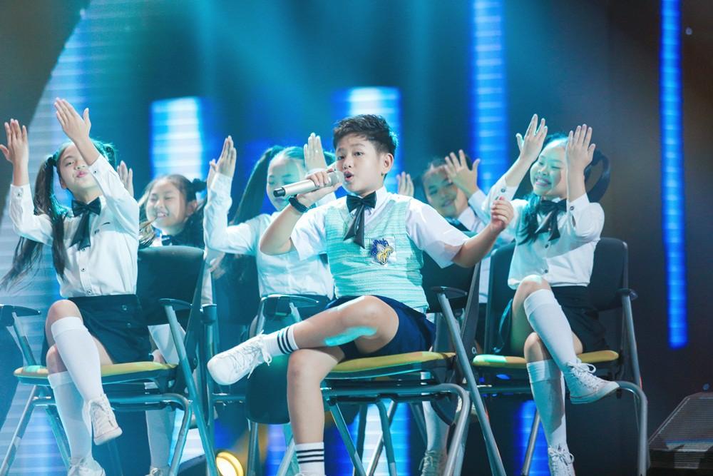 Giọng hát Việt nhí: Bảo Anh đau khổ, Khắc Hưng bật khóc như mưa vì tự tay đưa học trò vào top nguy hiểm - Ảnh 5.