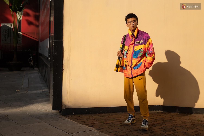 Street style 2 miền: các bạn trẻ cùng lăng xê cho loạt xu hướng hot, set đồ nào cũng trendy và nổi bần bật - Ảnh 17.