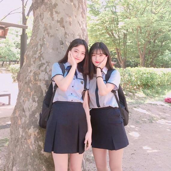 Soi đồng phục của học sinh Hàn: Trường gây choáng về giá tiền đắt đỏ, trường dẫn đầu vì sang chảnh như hoàng gia - Ảnh 4.