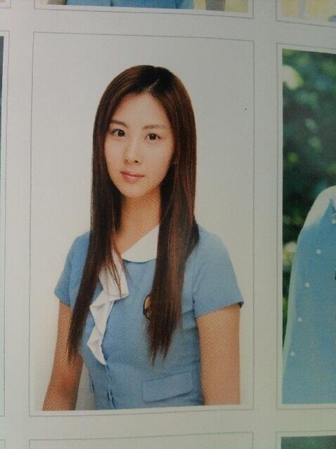 Soi đồng phục của học sinh Hàn: Trường gây choáng về giá tiền đắt đỏ, trường dẫn đầu vì sang chảnh như hoàng gia - Ảnh 17.