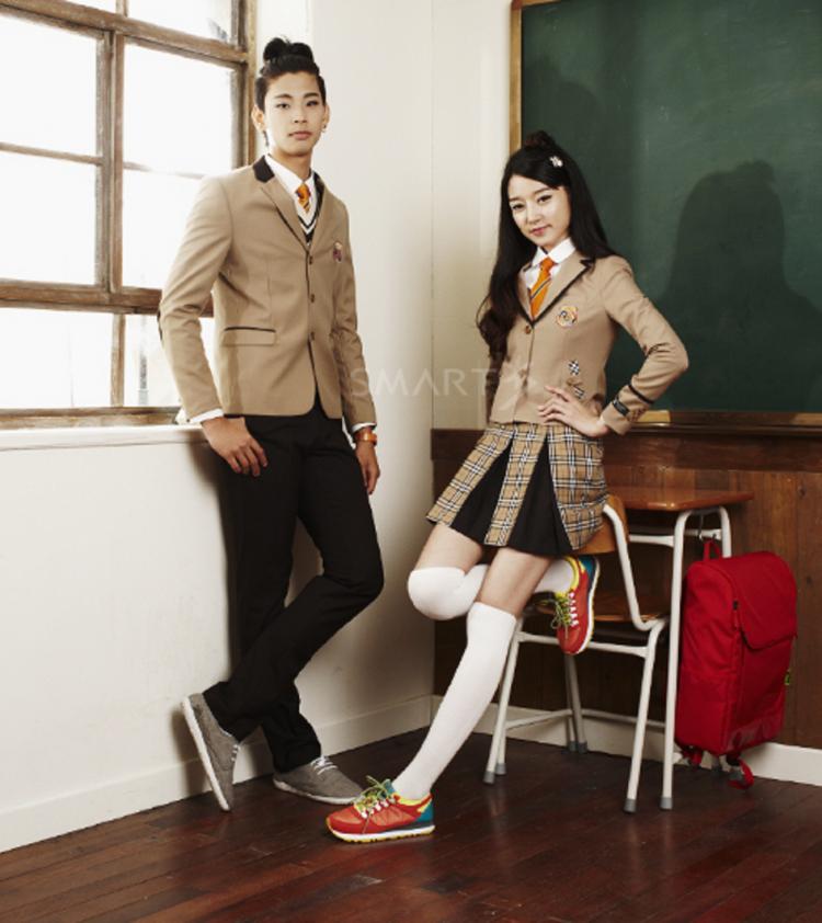 Soi đồng phục của học sinh Hàn: Trường gây choáng về giá tiền đắt đỏ, trường dẫn đầu vì sang chảnh như hoàng gia - Ảnh 19.