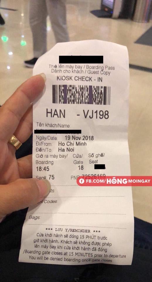 Thông tin về chuyến bay được một hành khách cung cấp. Ảnh FB.