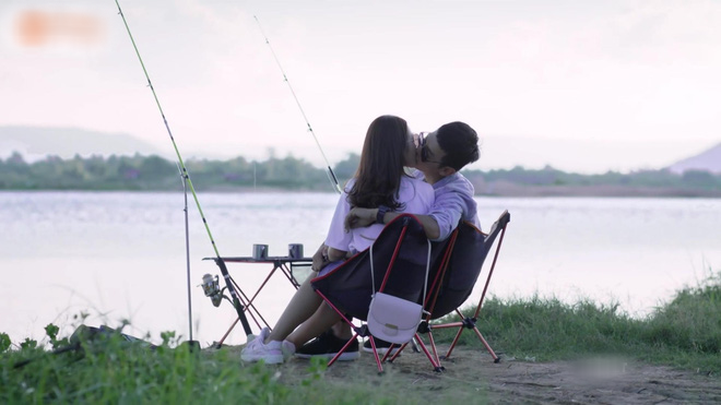 The final part of the Vietnamese version of the final program will be: Hoai Phuong and Duy Kien are hard to kiss, and show part 2 - Picture 1.