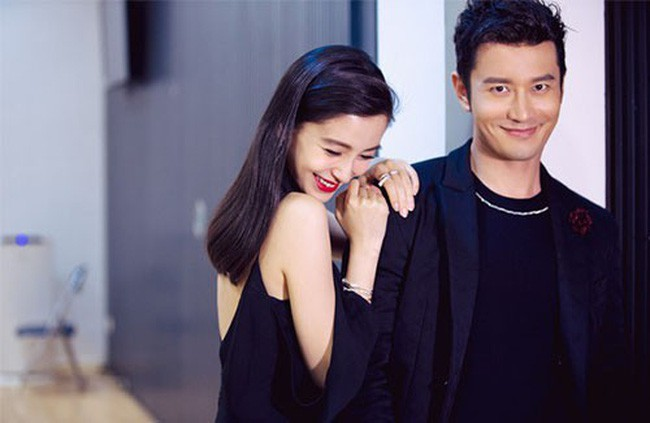 Xiao Xie Image: Trieu Vy sitting in the middle of the line; Angela Baby's twin divorce - Huynh Xiaoming is in trouble? - Picture 2.