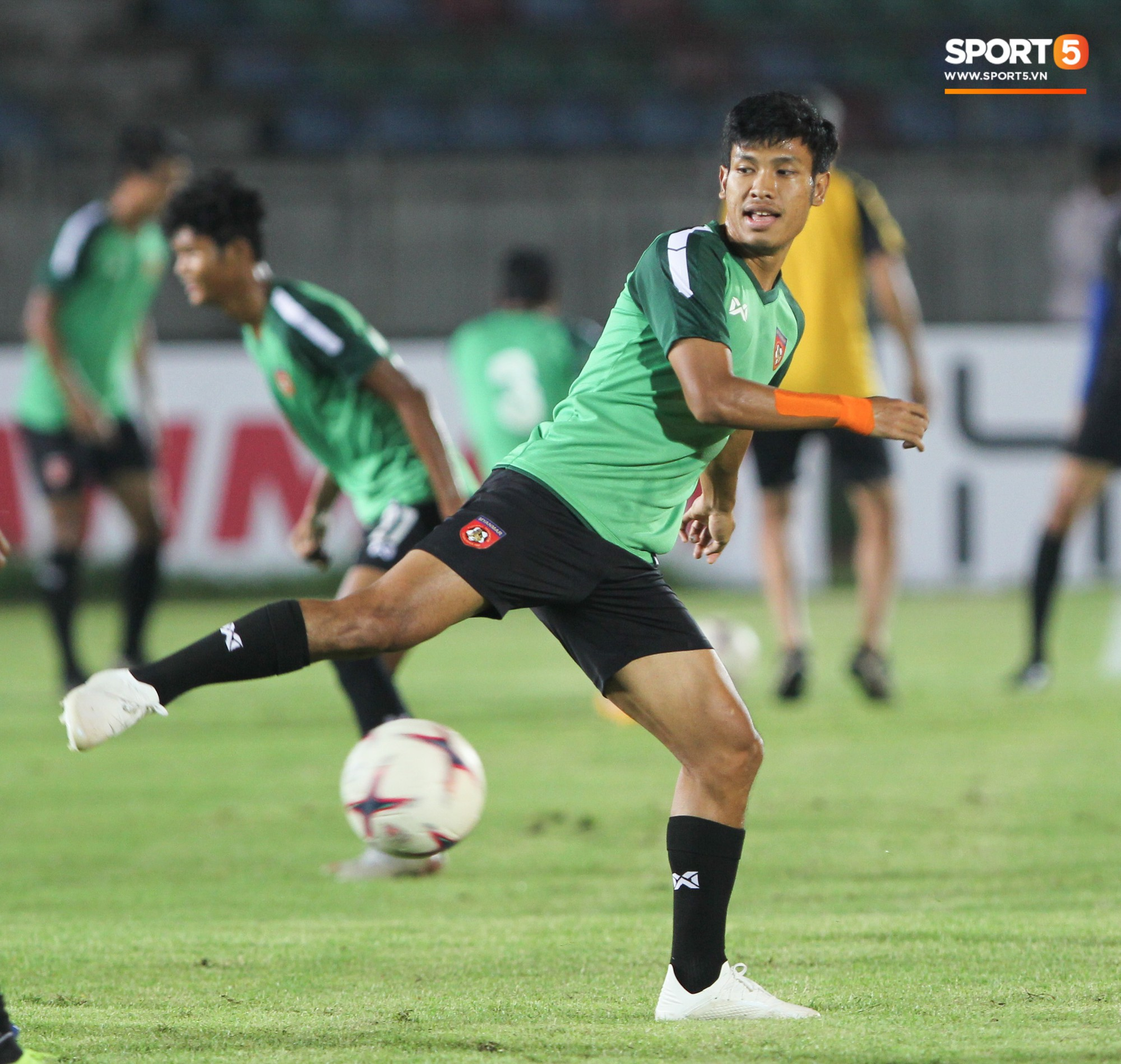 Myanmar Reporter: Vietnam 201 is a stronger Vietnam than Cup 2018 - Picture 3.