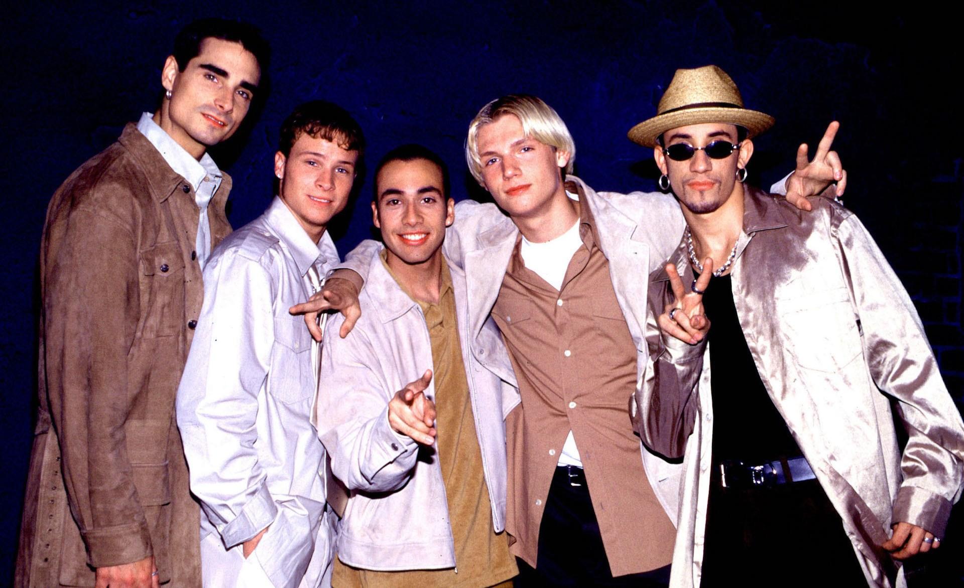 Westlife, M2M và ca sĩ, nhóm nhạc Âu Mỹ tuổi thơ sau bao năm: Người phá sản, kẻ cạo trọc đầu vì khủng hoảng tâm lý - Ảnh 12.