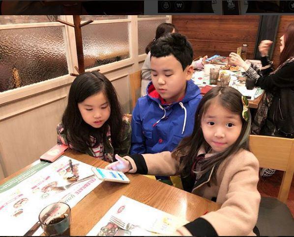 Các nhóc tỳ từng làm mưa làm gió trên sóng truyền hình Hàn Quốc giờ đã cao lớn thế này đây! - Ảnh 10.