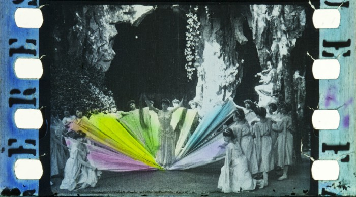 Hành trình cực kỳ vất vả để đưa màu sắc vào điện ảnh - cuộc cách mạng phim màu của thế giới - Ảnh 2.