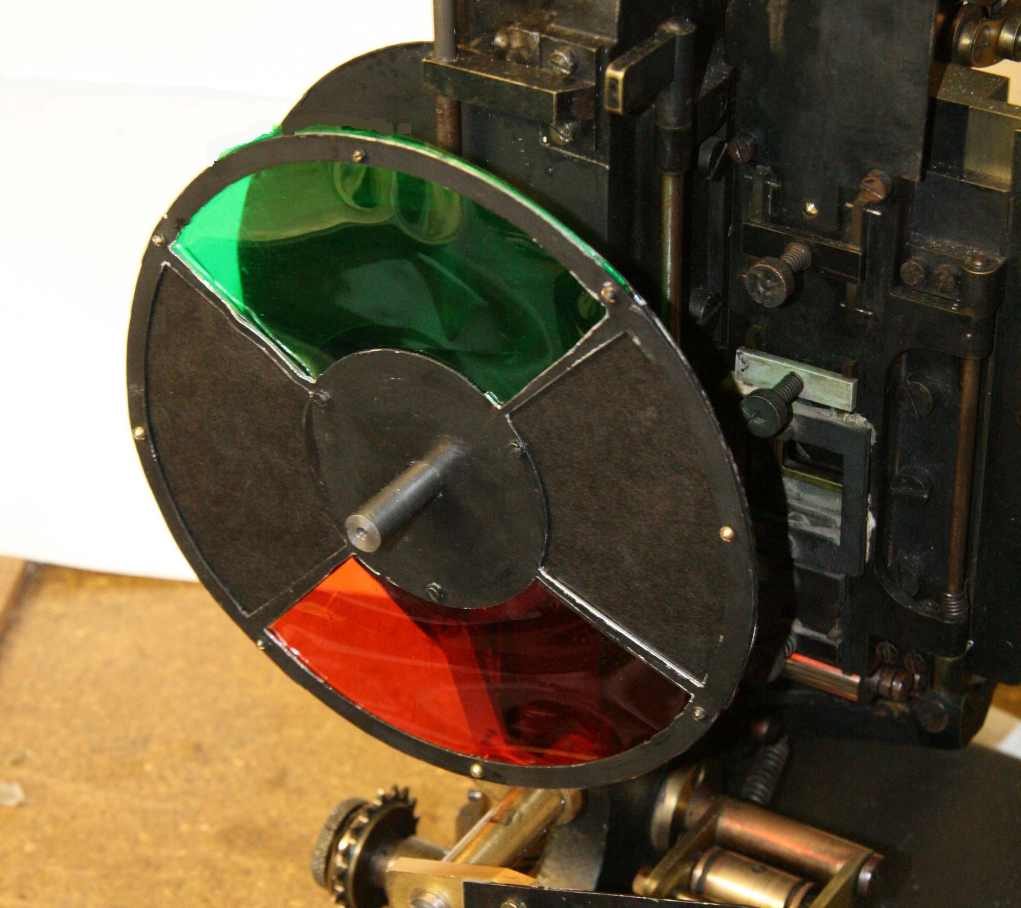 Hành trình cực kỳ vất vả để đưa màu sắc vào điện ảnh - cuộc cách mạng phim màu của thế giới - Ảnh 3.