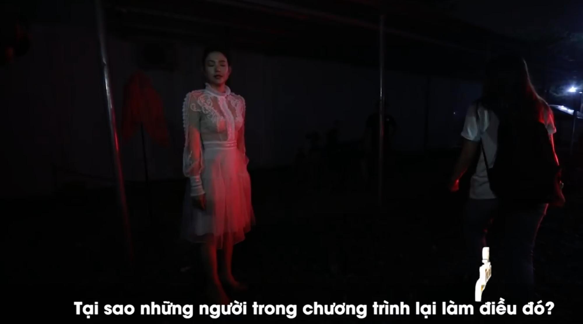 Clip: Minh Hằng nổi giận vì Thanh Hằng, nghỉ quay The Face lên xe ra về - Ảnh 3.
