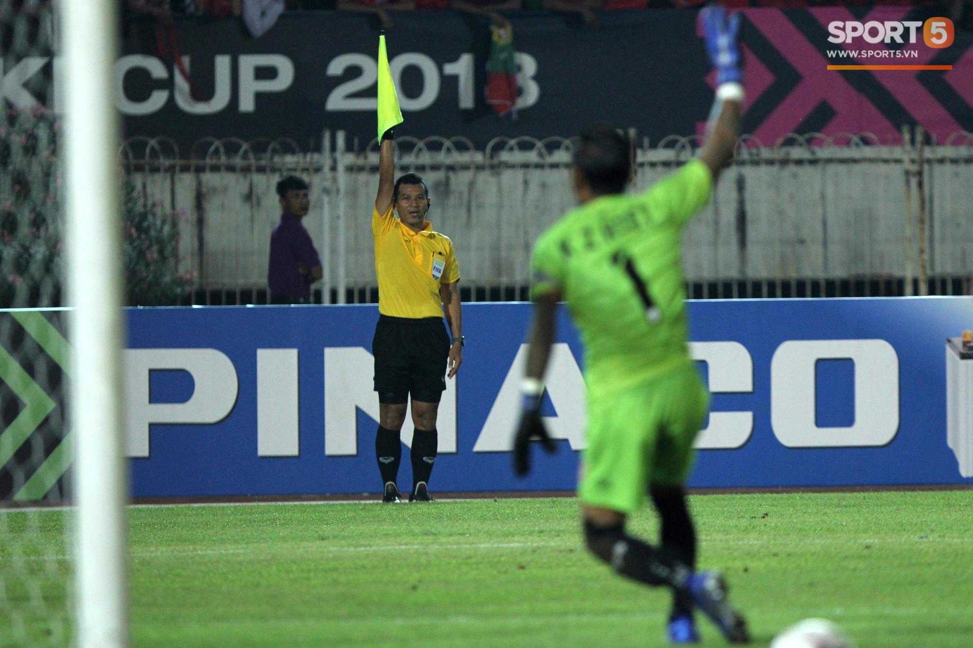 Trọng tài Thái Lan cướp bàn thắng của Việt Nam trước Myanmar - Ảnh 3.