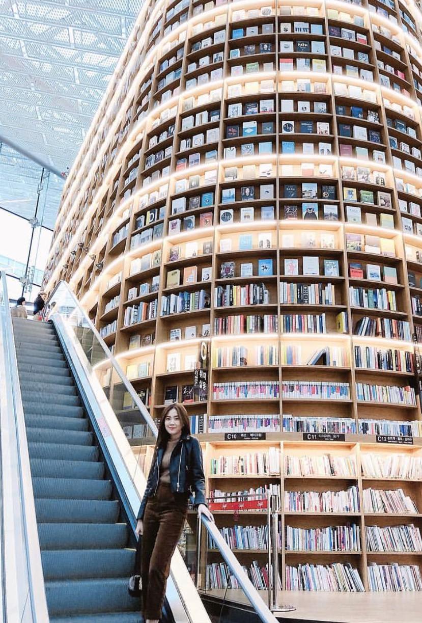 Thư viện khổng lồ nằm ở tận Seoul nhưng bạn trẻ Việt Nam nào đến đây cũng phải check-in cho bằng được! - Ảnh 10.